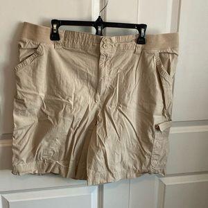 Tan side stretch short size 2x 20/22 woman
